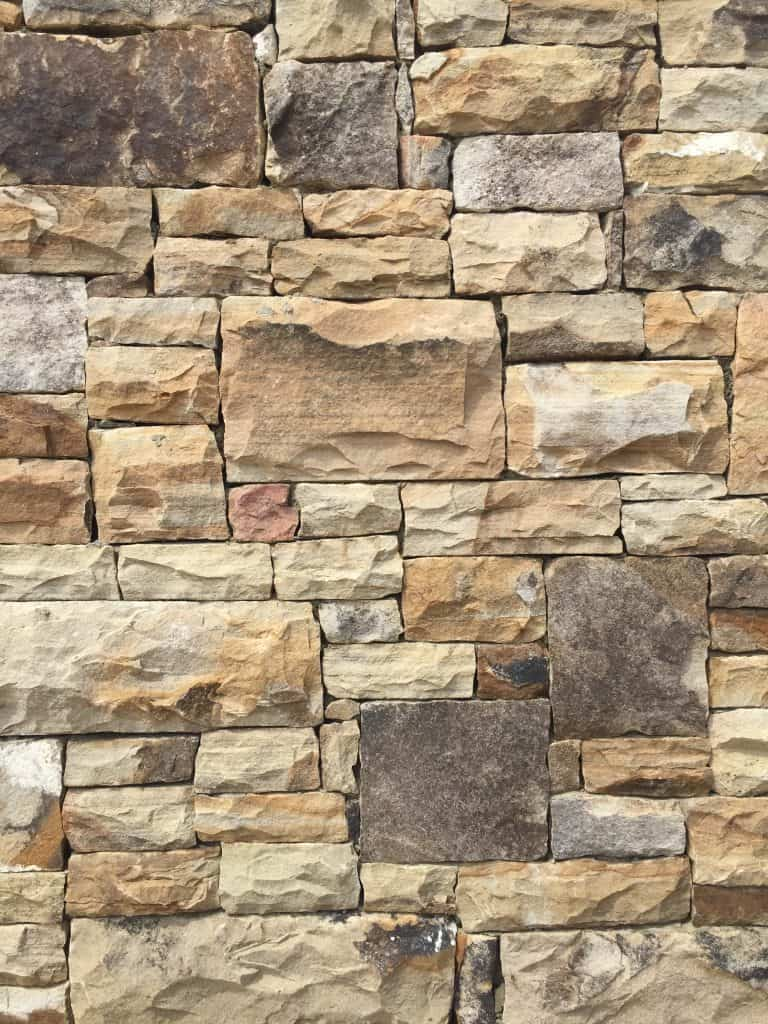 Fieldstone, Med Drystack Stone Supplies from Field Stone Center Inc. in Covington, GA.